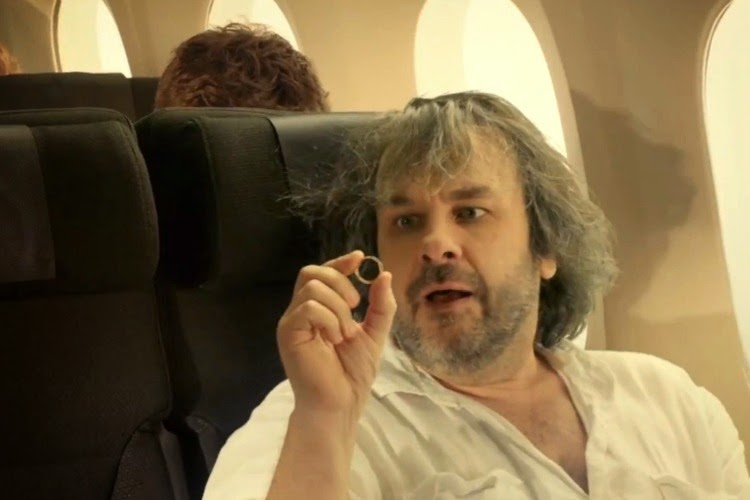 Peter Jackson lends his private jet to help search for MH370