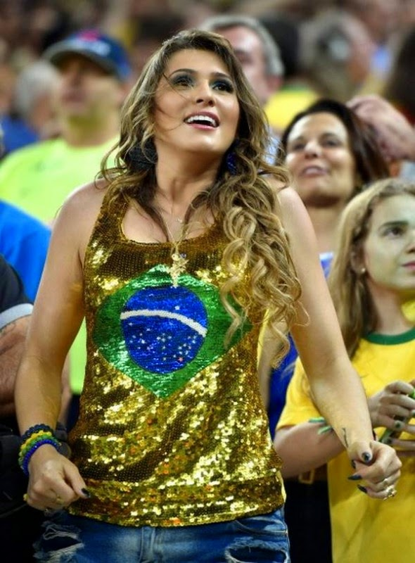 2014 World Cup Opening Ceremony Hottest Female Fans 590x800 1