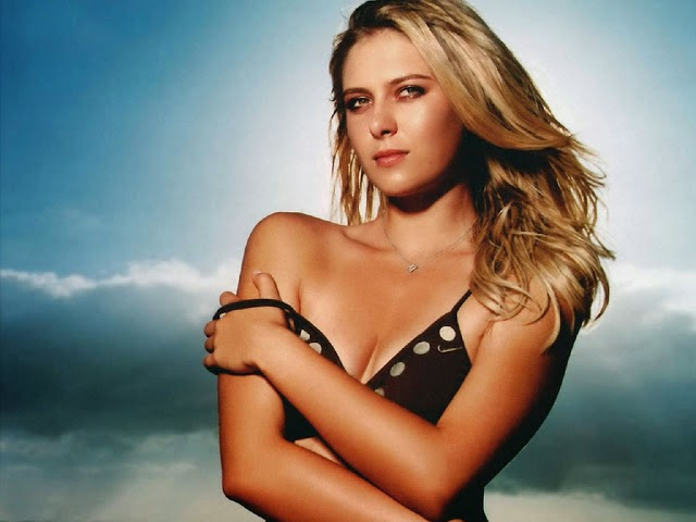 Top 10 hottest female Tennis players