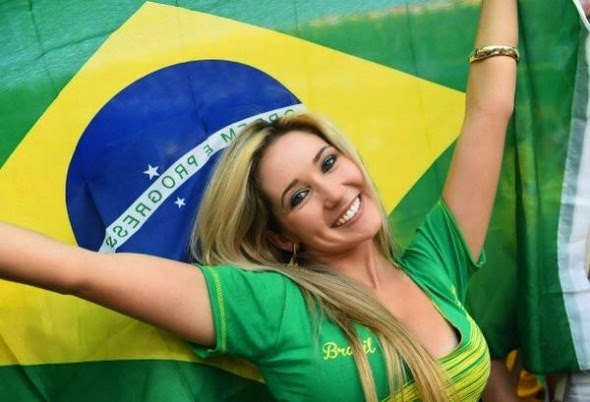 Beautiful female fans of 2014 World Cup