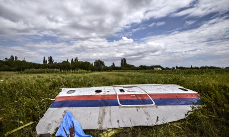 MH17 videos show missile 011