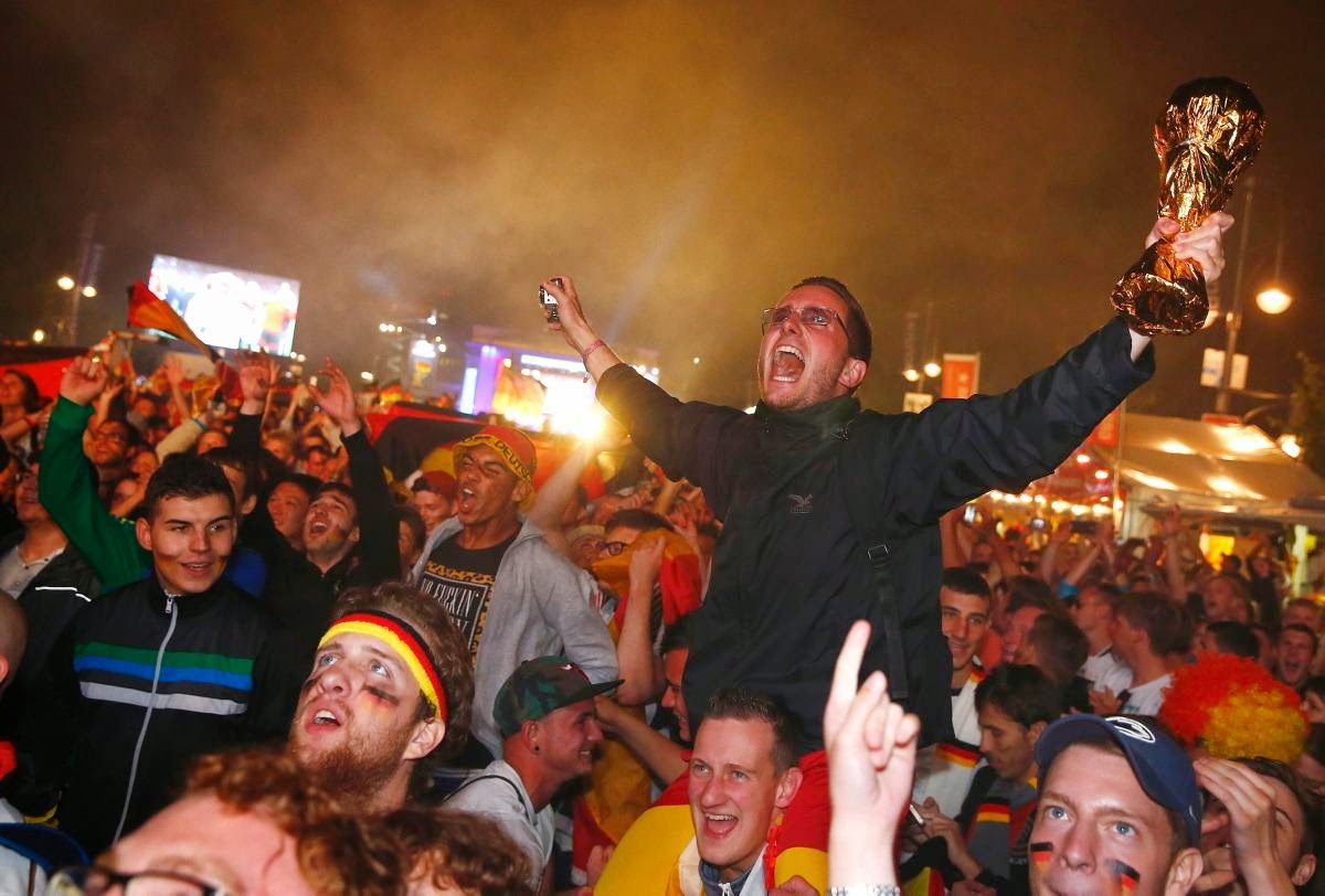 fans react world cup final argentina germany9