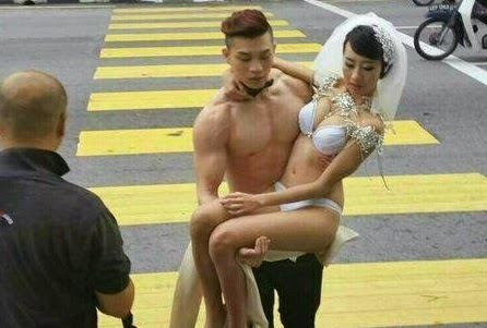 Half-naked wedding shoot in Ipoh causes a stir