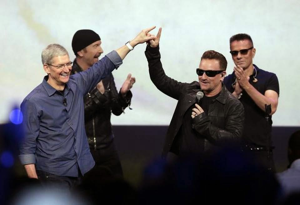 Apple gives you U2's new album FREE on iTunes