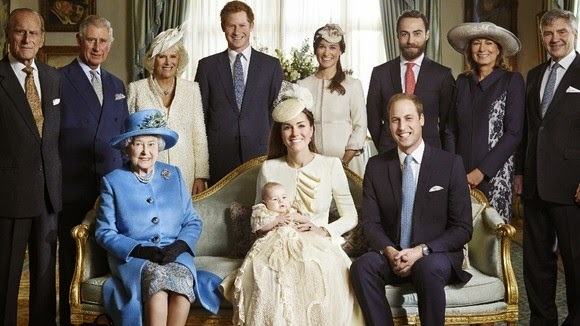 kate middleton prince william their first born prince george pose royal family members