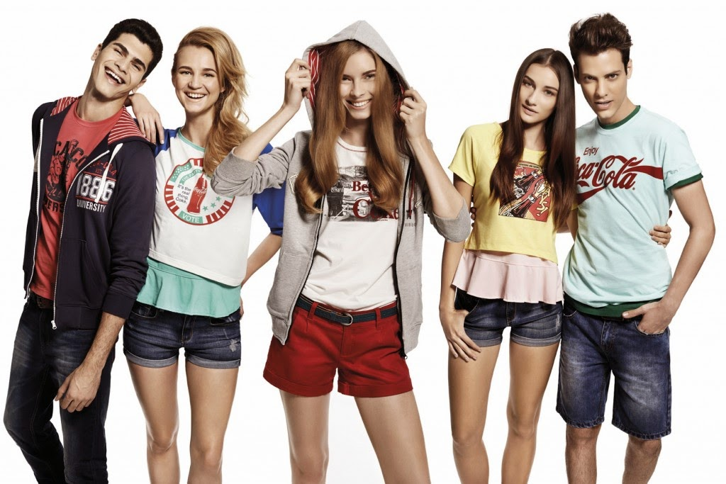 The Coca Cola Preppy Collection is suitable for individuals who favour the preppy retro look and it covers a whole range of apparel. jpg 1024x683 1