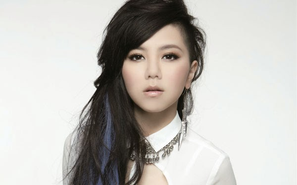 GEM Tang apologises for manager's behaviour