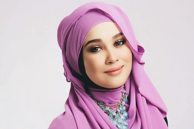 Emma Maembong is in 100 Most Beautiful Faces of 2014 list