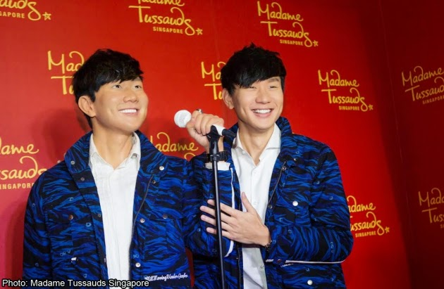 JJ Lin happy to meet his wax twin brother