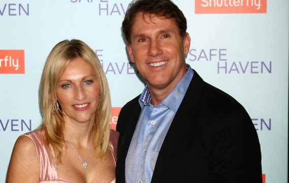 Nicholas Sparks and wife divorce after 25 years of marriage