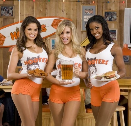 hooters hollywood 3939221