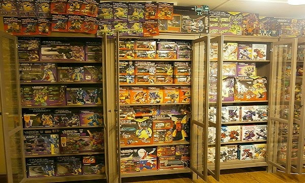 """Collector selling """"Transformers"""" collection for RM100,000"""