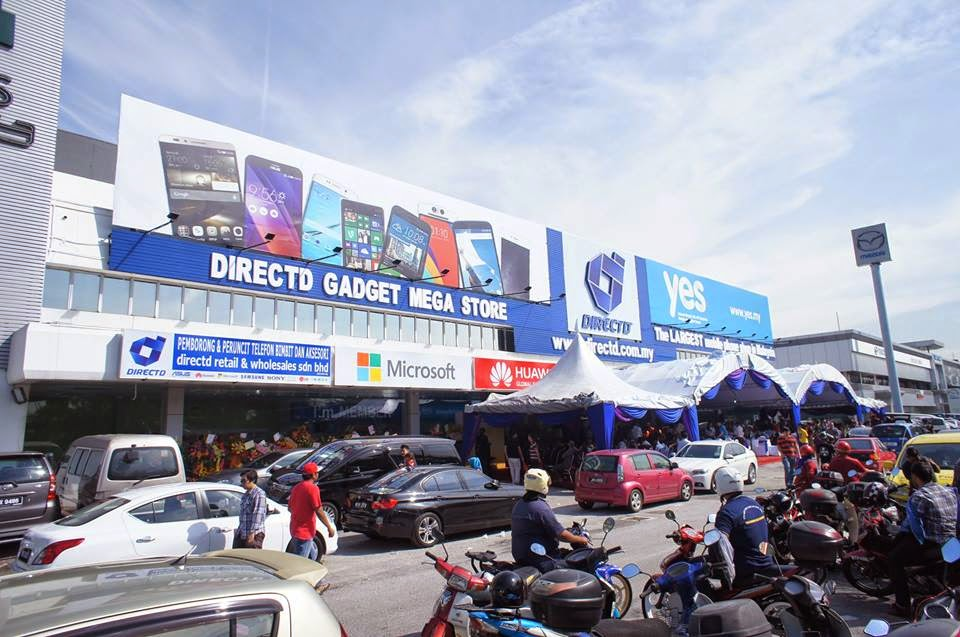 DirectD opens largest mobile outlet in PJ