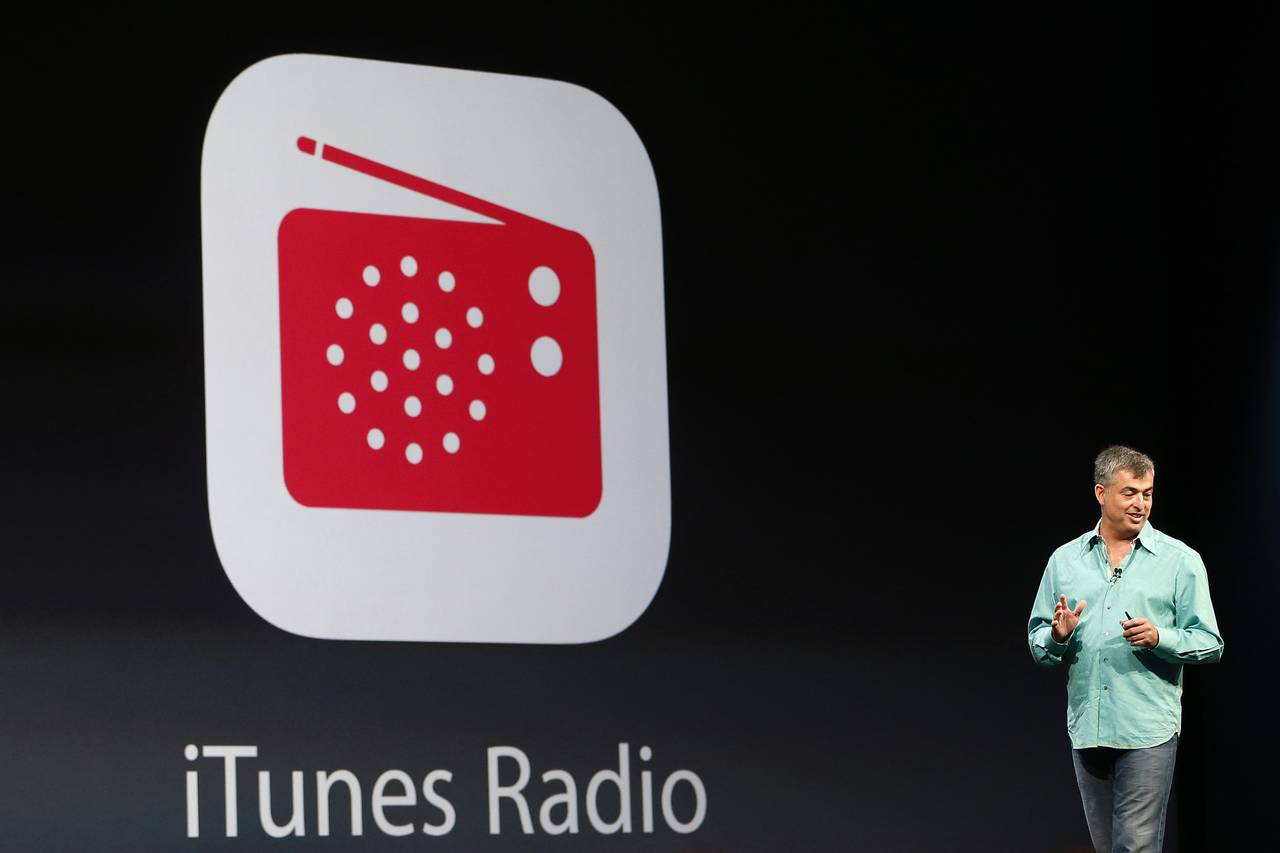 Apple develops new music streaming service