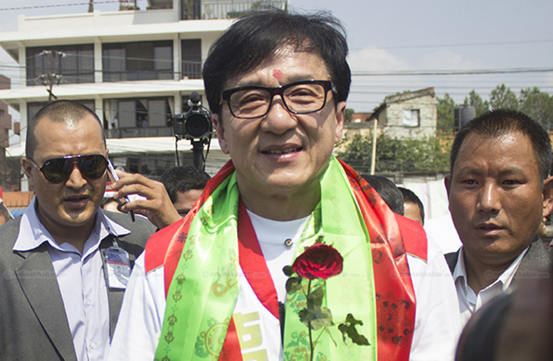 Jackie Chan brings relief to Nepal quake victims