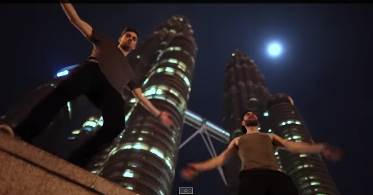 """KL featured in The Chainsmokers' new MV """"Roses"""""""