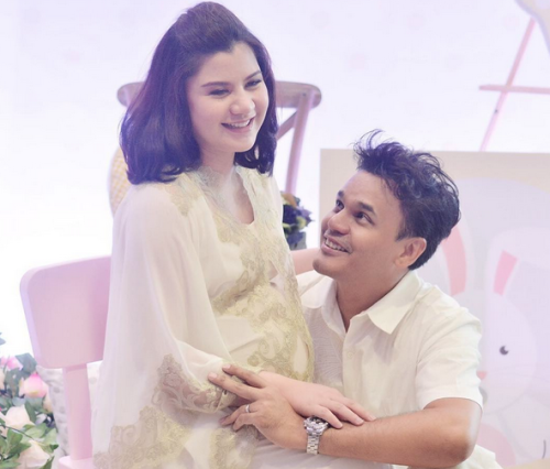 Lisa Surihani and Yusry KRU welcome their first daughter