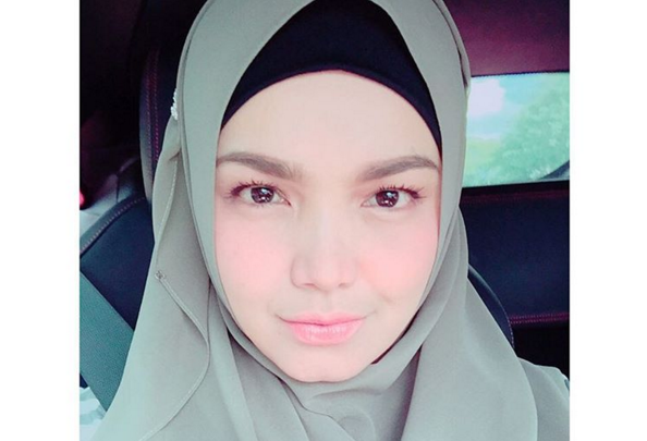 Siti Nurhaliza is indeed pregnant with her first child