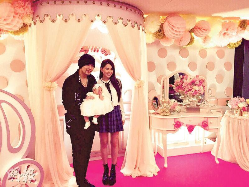 Jay Chou held Hundred-Day party for baby Hathaway