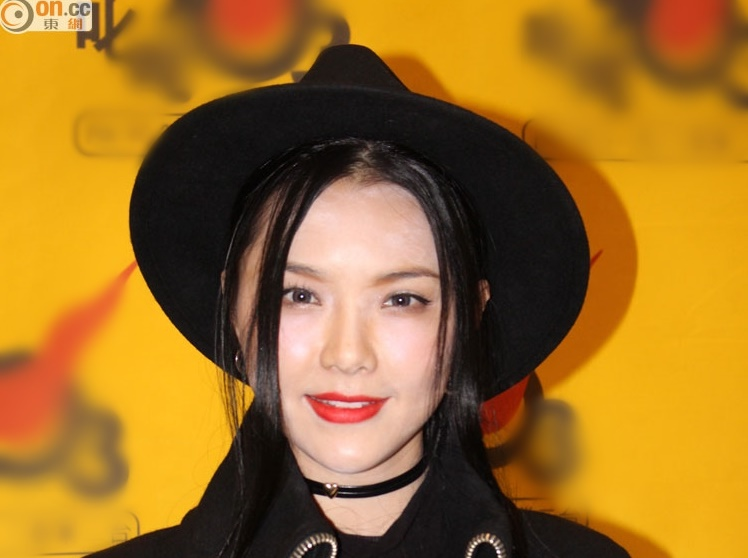 Charmaine Fong: Don't drag me into Aaron Kwok's matters!