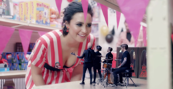 """Fall Out Boy parodies NSYNC in new """"Irresistible"""" video"""