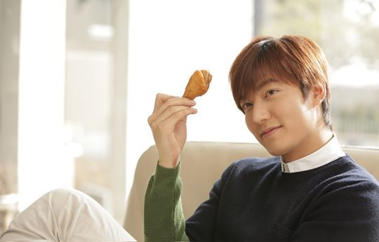 Lee Min-ho to launch KyoChon's 3rd outlet at Pavillion KL