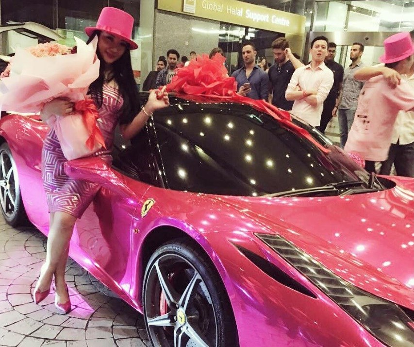 Wow! This Malaysian socialite got a Pink Ferrari for her birthday!