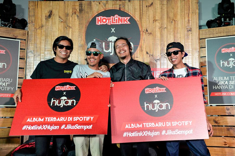 Hujan releases new album after four years!