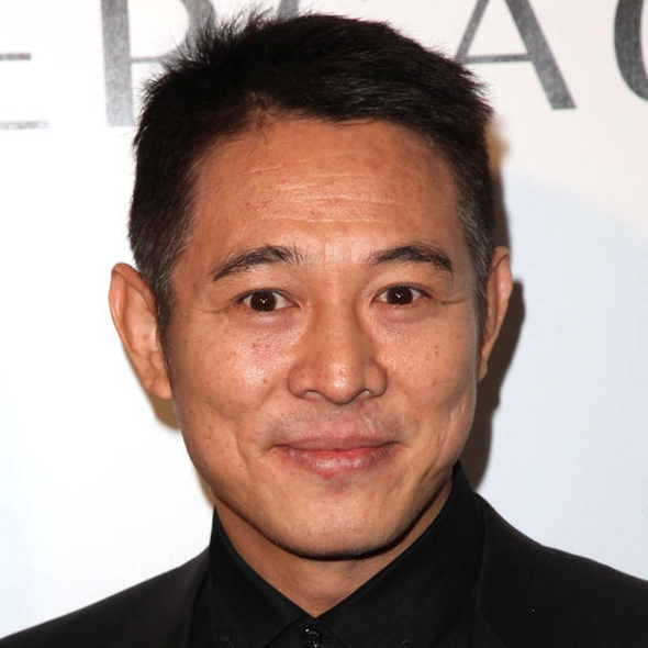 Jet Li opens a Weixin account on his birthday