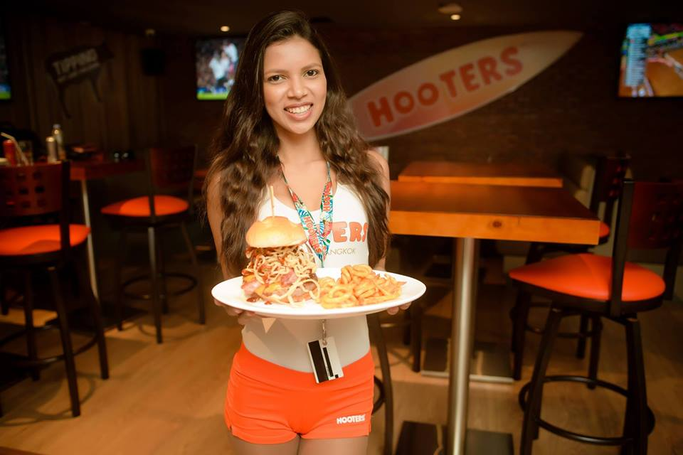 Hooters to open in Cambodia this October