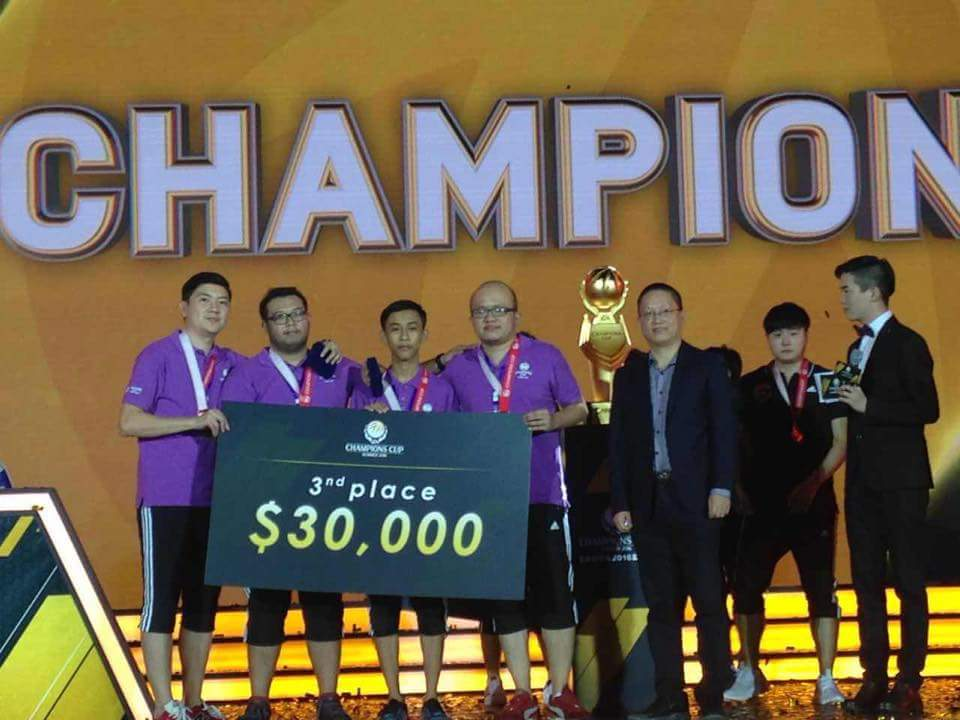 Malaysian team wins big cash prize from FIFA Online 3