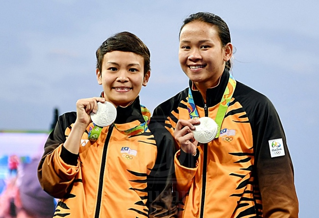 Malaysian divers win their first medal at Rio Olympics 2016