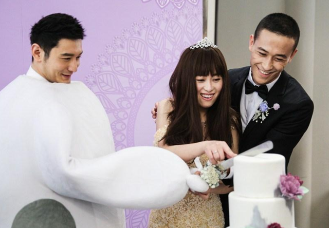 Huang Xiaoming saddened by fan's death
