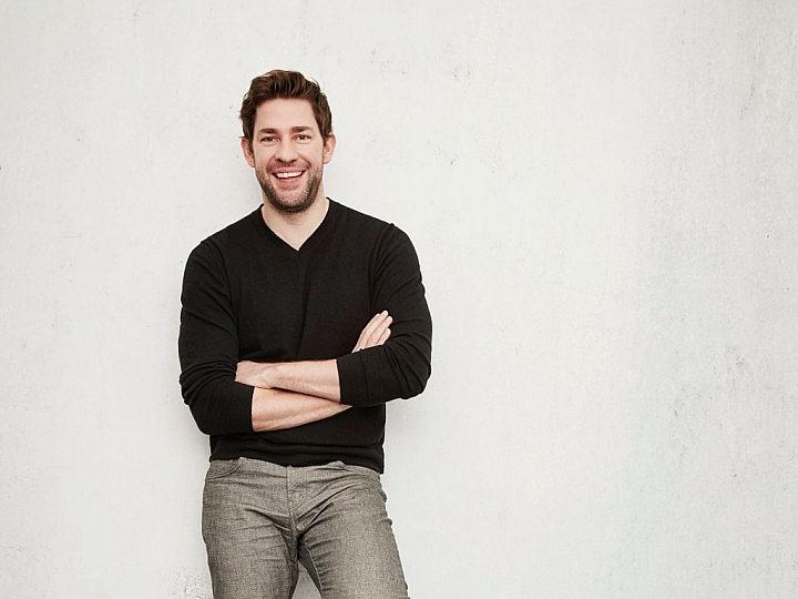 jenna fischer was genuinely in love with the office costar john krasinski actor hunks up for 13 hours