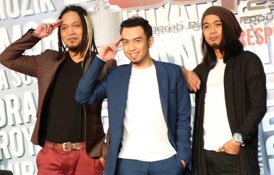 Estranged is suing their scammer for over RM100,000
