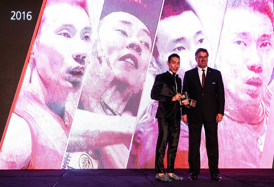 Lee Chong Wei bags BWF Male Player of the Year award again!