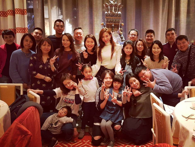 Lin Chi-ling rewards staff with overseas vacation