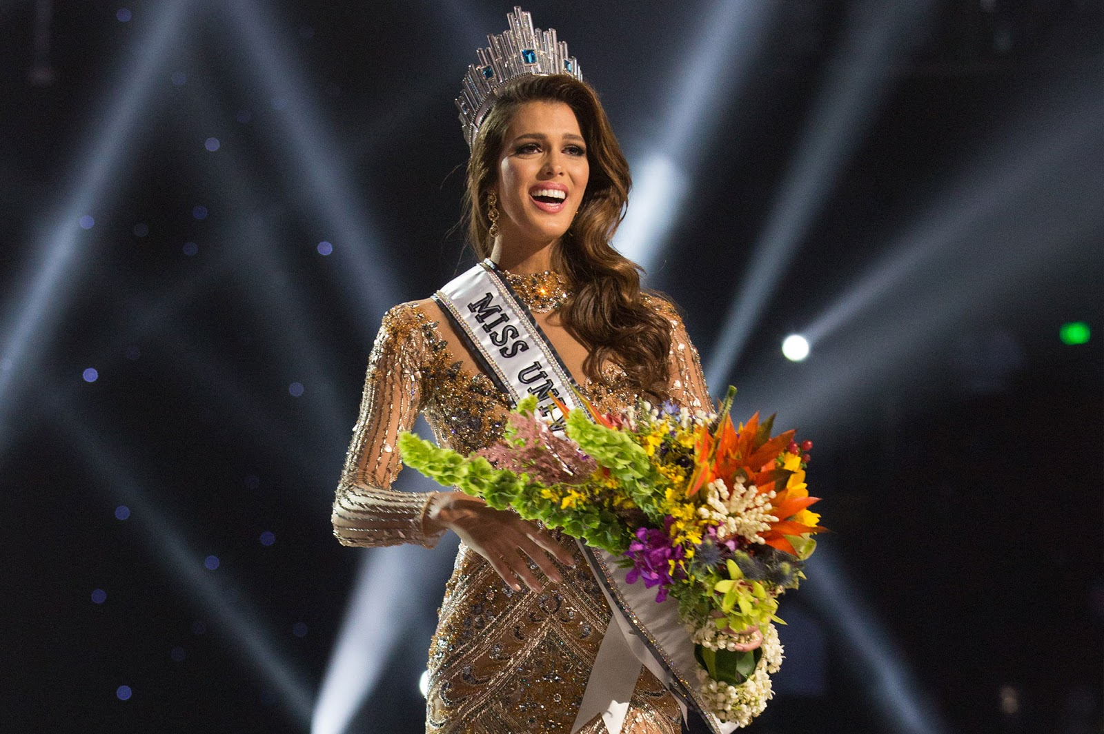 Miss France is crowned Miss Universe 2016