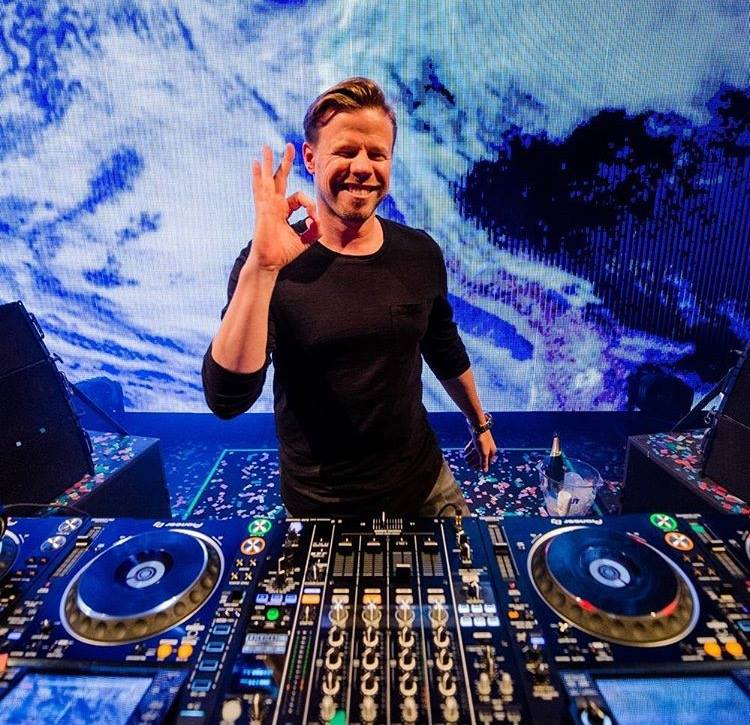 """Ferry Corsten tells a sci-fi love story in his new album """"Blueprint"""""""