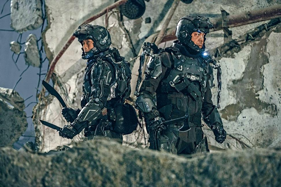 Louis Koo challenged by heavy movie armour