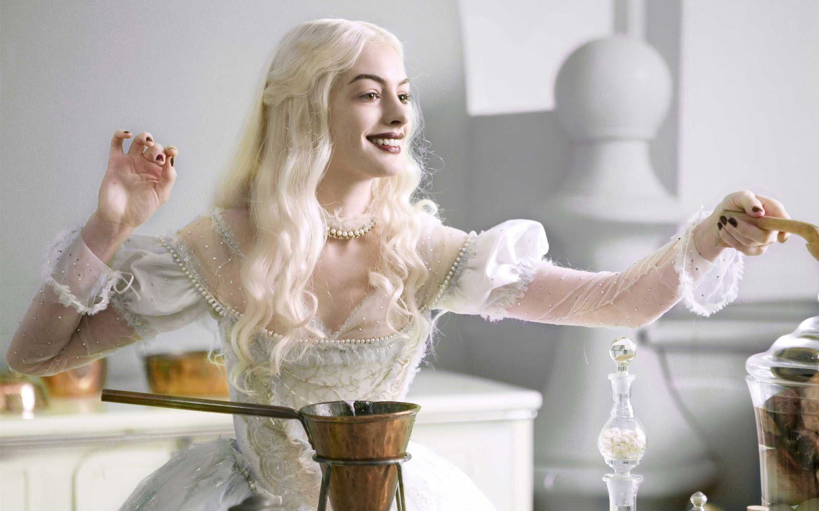 """Anne Hathaway to play """"Barbie""""?"""
