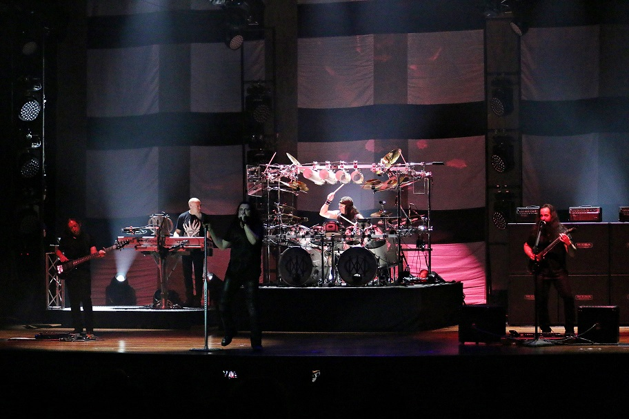 [Photos] Dream Theater delivers epic rock show in Malaysia!