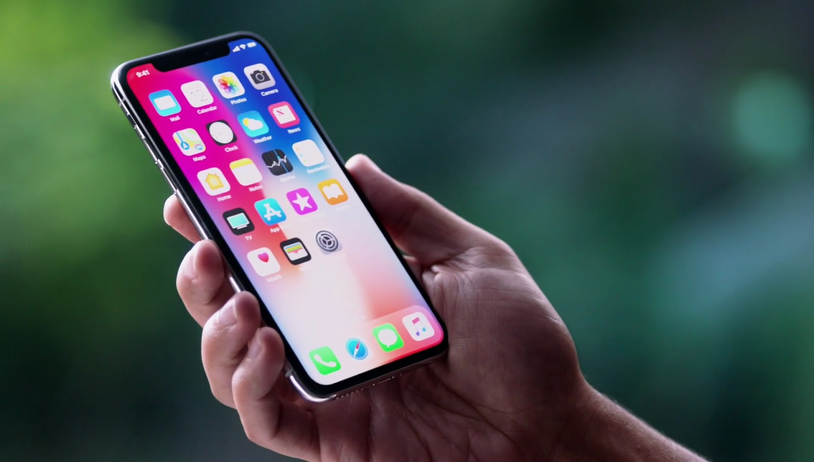 Apple to release their largest iPhone and two more models this year!