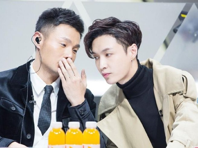 """""""Idol Producer"""" apologises to Lay for technical error"""