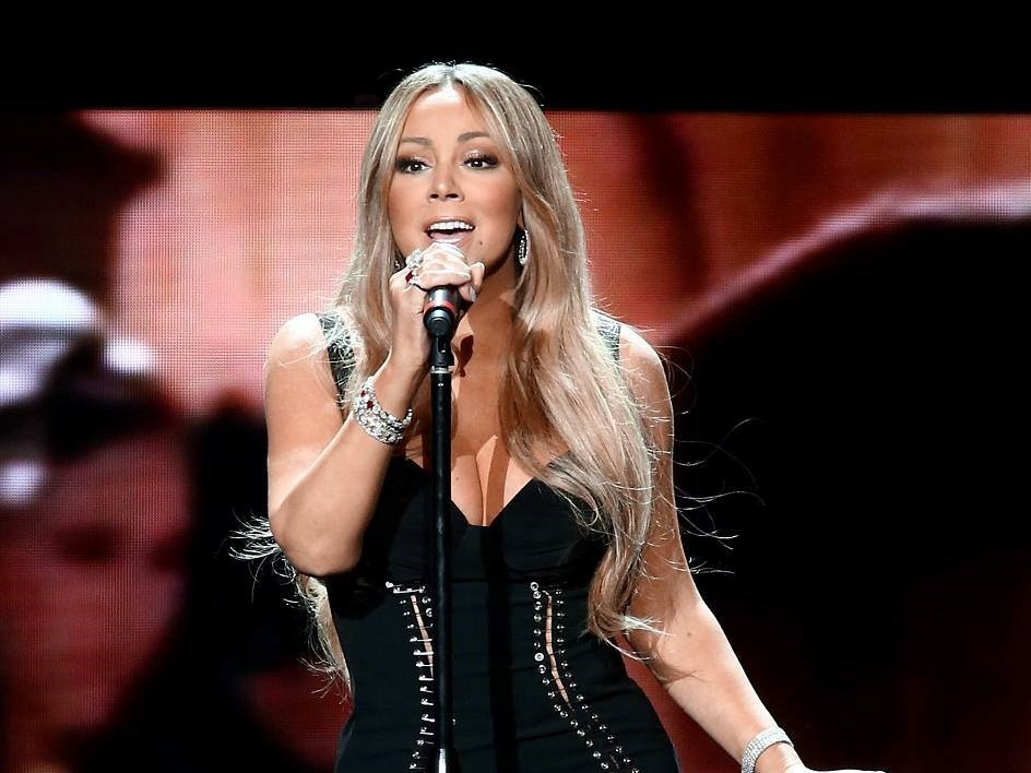 Mariah Carey has just added Malaysia and Singapore for her Asia Tour!