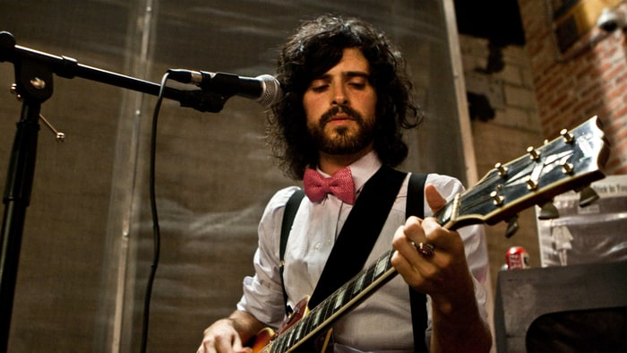 Folk icon Devendra Banhart will come to Thailand for the first time!
