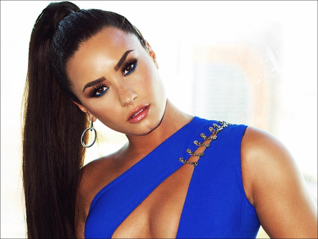 """Demi Lovato in """"recovery"""" after drug overdose scare"""