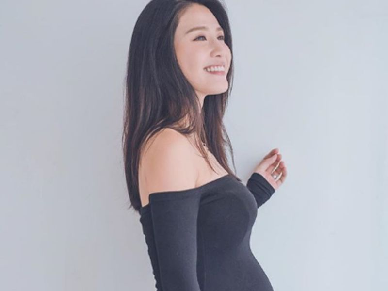 Coffee Lam defends doing headstand during pregnancy