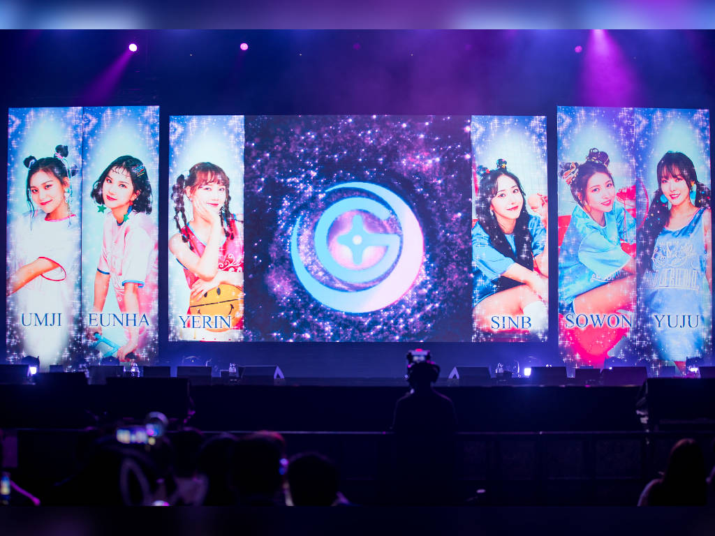 GFriend sings in Malay just for their Malaysian fans