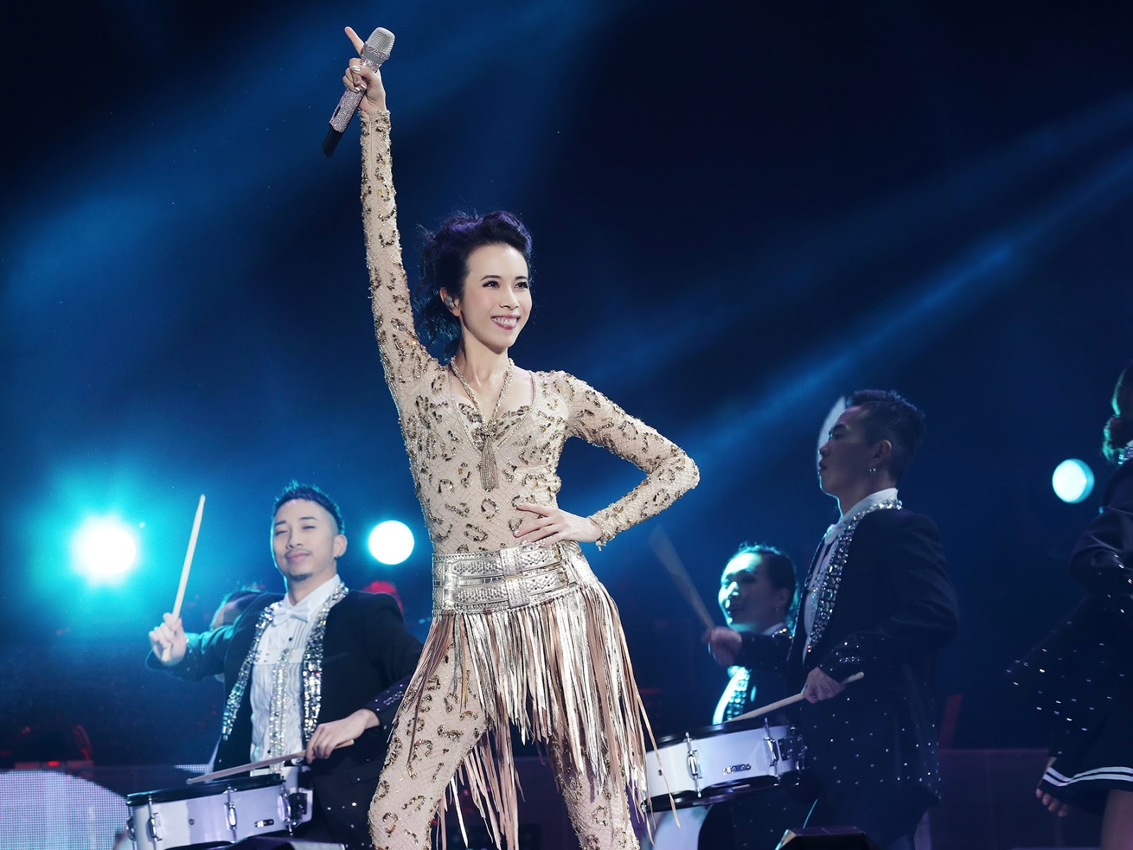 Karen Mok adds fan meeting to first ever concert in Malaysia
